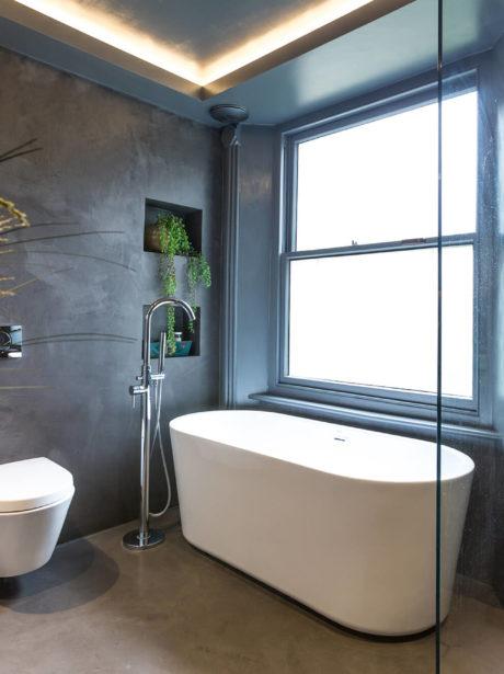 Dorian Grey-esque flat renovation in Highbury