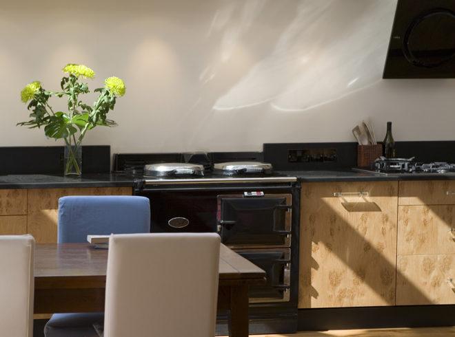 Sun filled kitchen side return extension in Twickenham